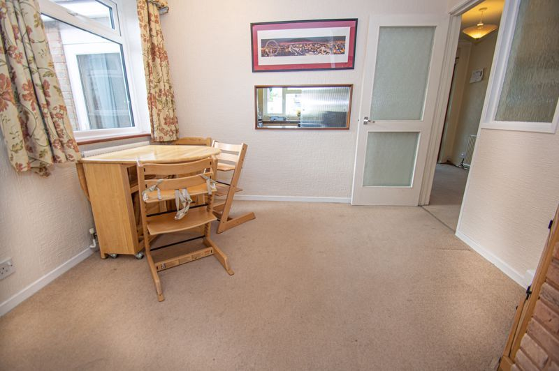 3 bed house for sale in Fordhouse Road 7