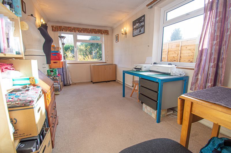 3 bed house for sale in Fordhouse Road 8