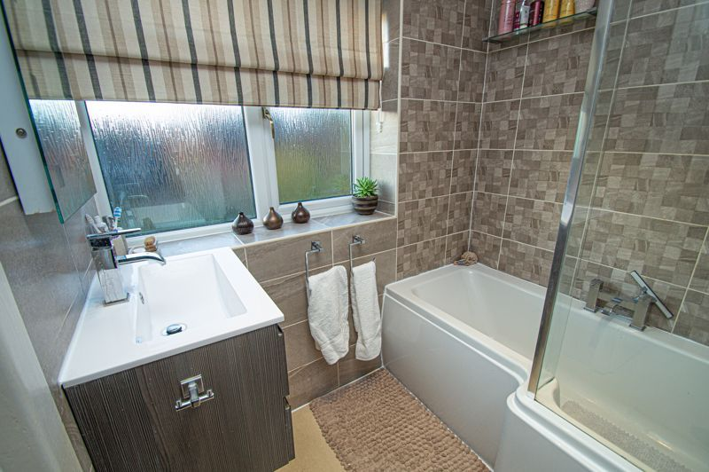 3 bed house for sale in Beverley Close 12