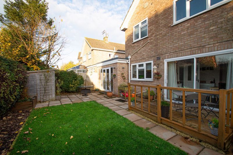 3 bed house for sale in Beverley Close 16