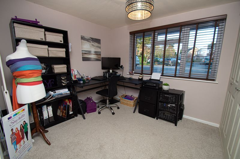 3 bed house for sale in Beverley Close  - Property Image 18