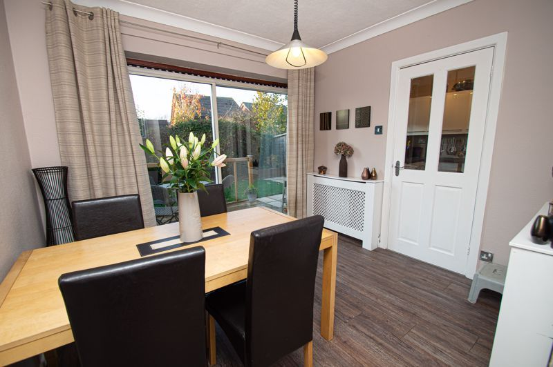 3 bed house for sale in Beverley Close  - Property Image 3