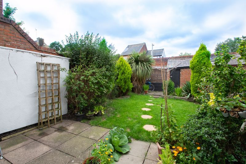 2 bed house for sale in Laurel Lane  - Property Image 11
