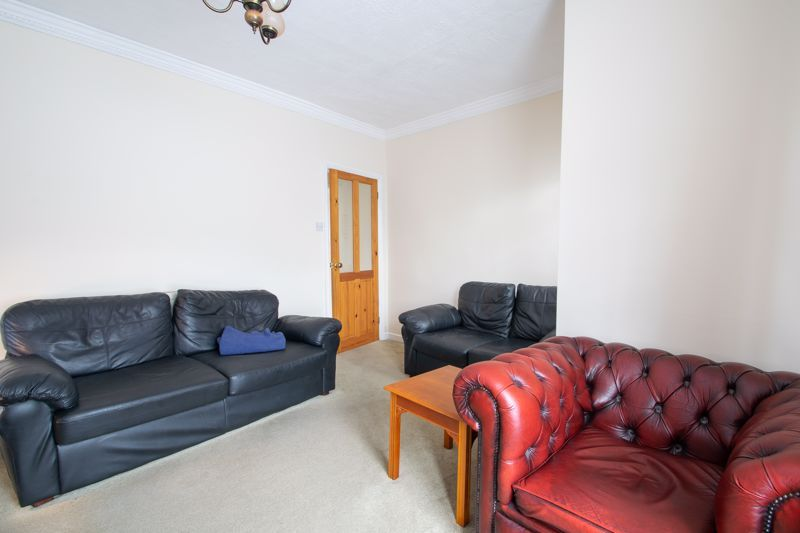 2 bed house for sale in Laurel Lane  - Property Image 3
