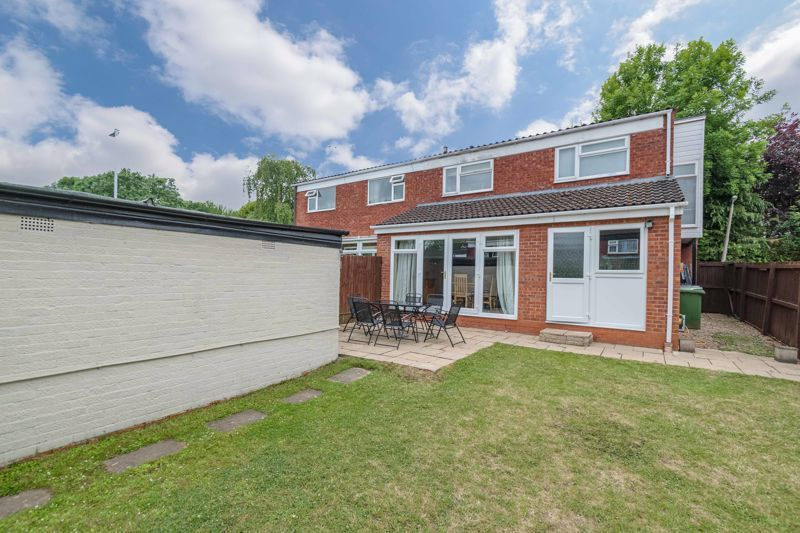 3 bed house for sale in Sutton Close 1