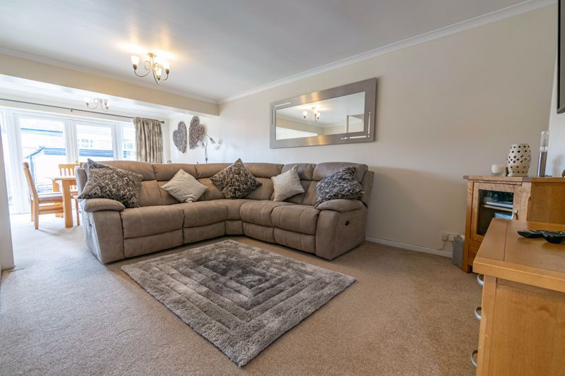 3 bed house for sale in Sutton Close 3