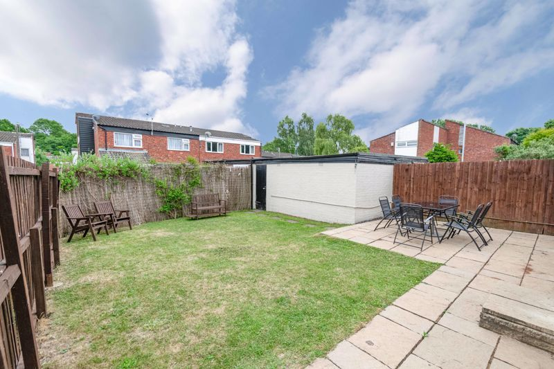 3 bed house for sale in Sutton Close  - Property Image 4