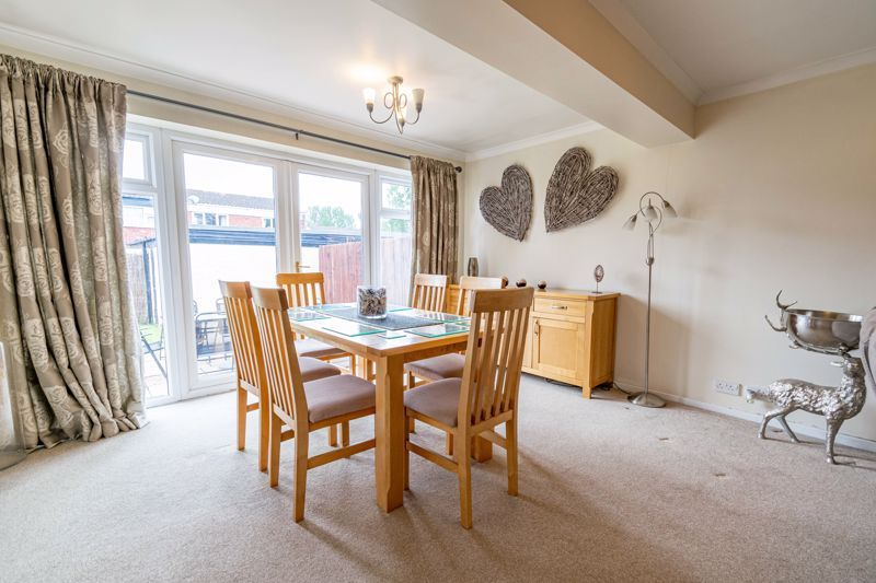 3 bed house for sale in Sutton Close 5