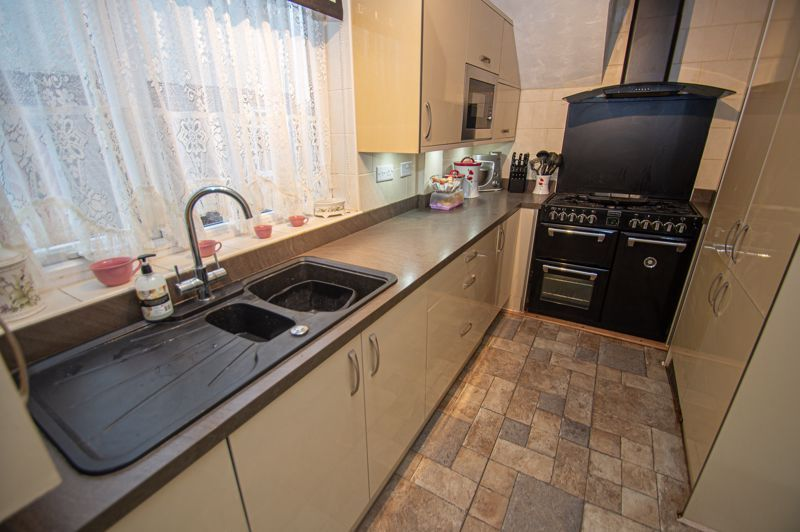 2 bed house for sale in Murcroft Road 3
