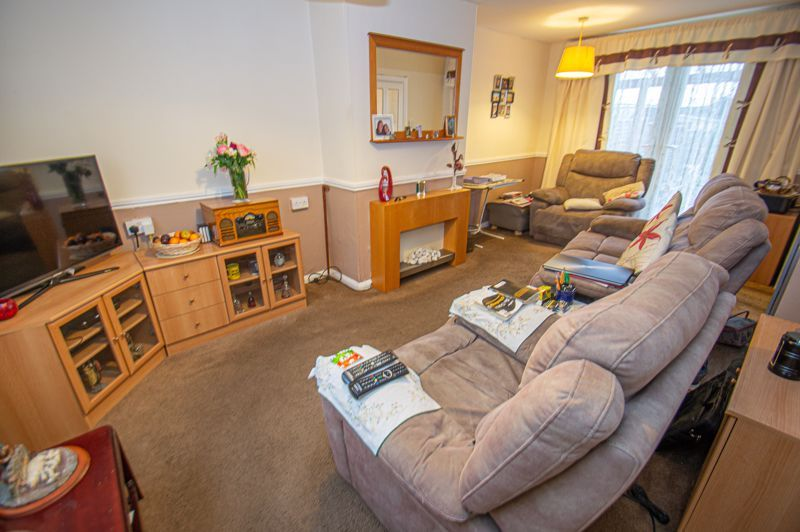 2 bed house for sale in Murcroft Road 5