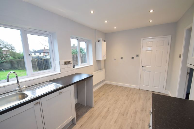 3 bed house for sale in King George Close  - Property Image 4