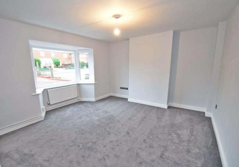 3 bed house for sale in King George Close 5