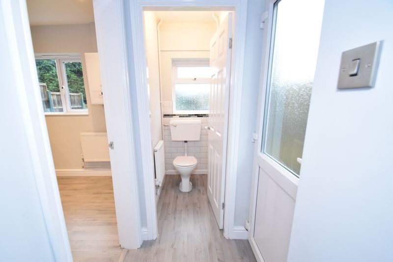 3 bed house for sale in King George Close 7