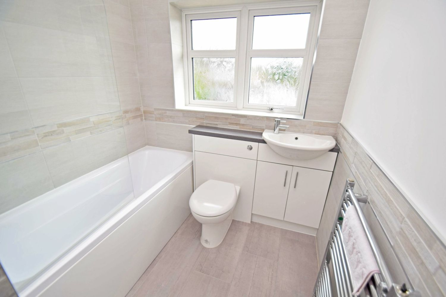 3 bed semi-detached for sale in Beachcroft Road, Wall Heath  - Property Image 11