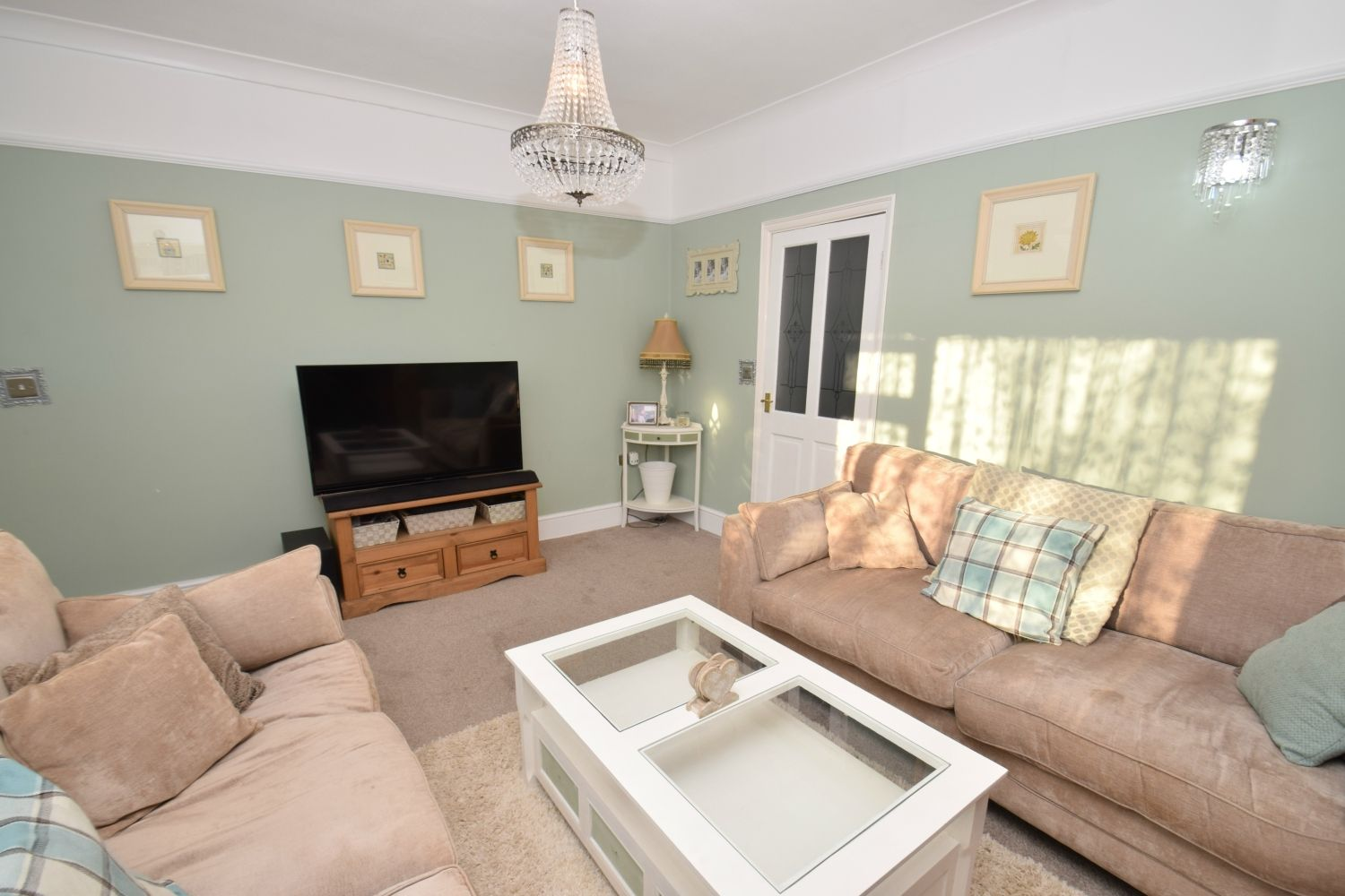 4 bed semi-detached for sale in Upland Grove, Bromsgrove, B61  - Property Image 4