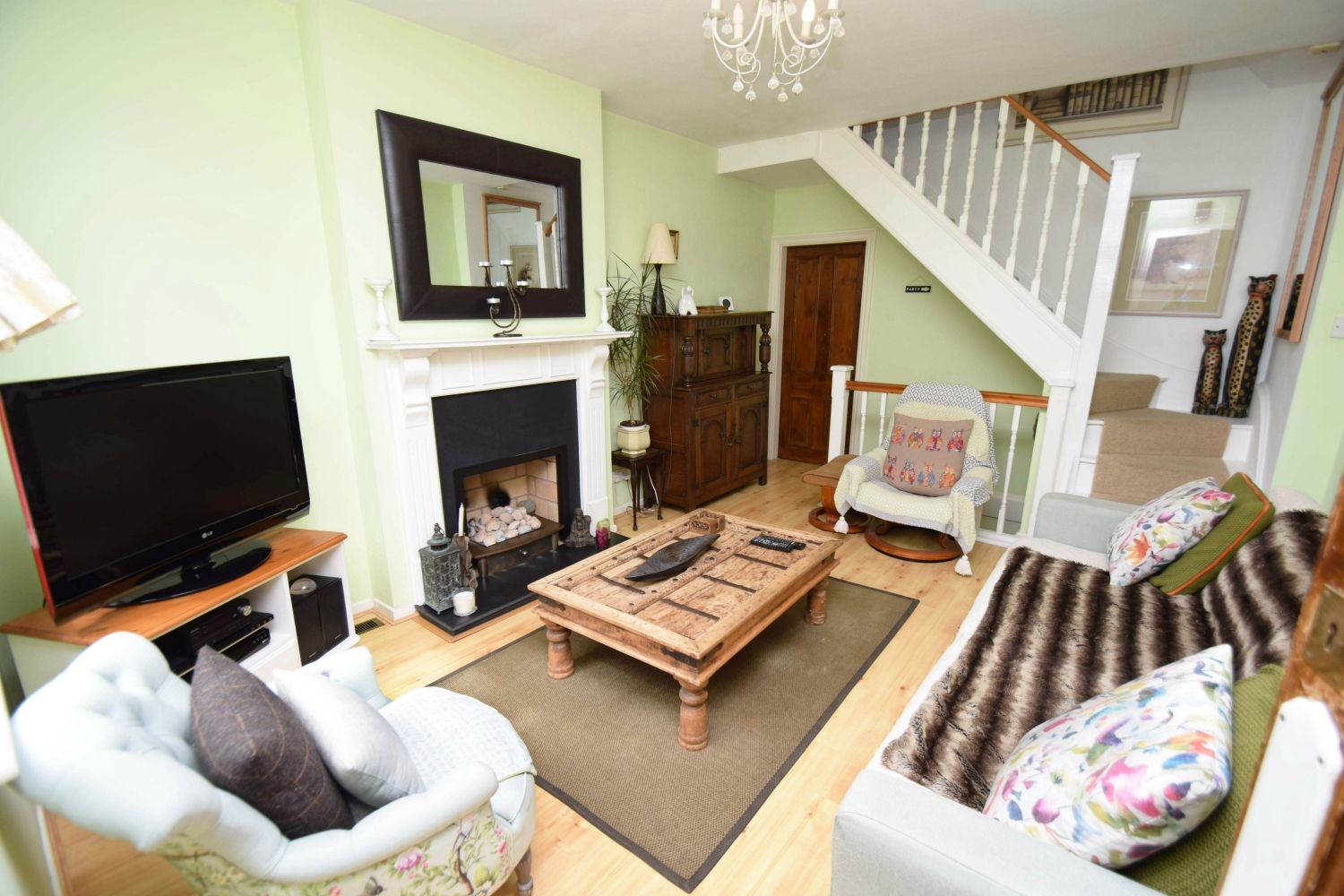 2 bed terraced for sale in Hall Street, Oldswinford  - Property Image 3