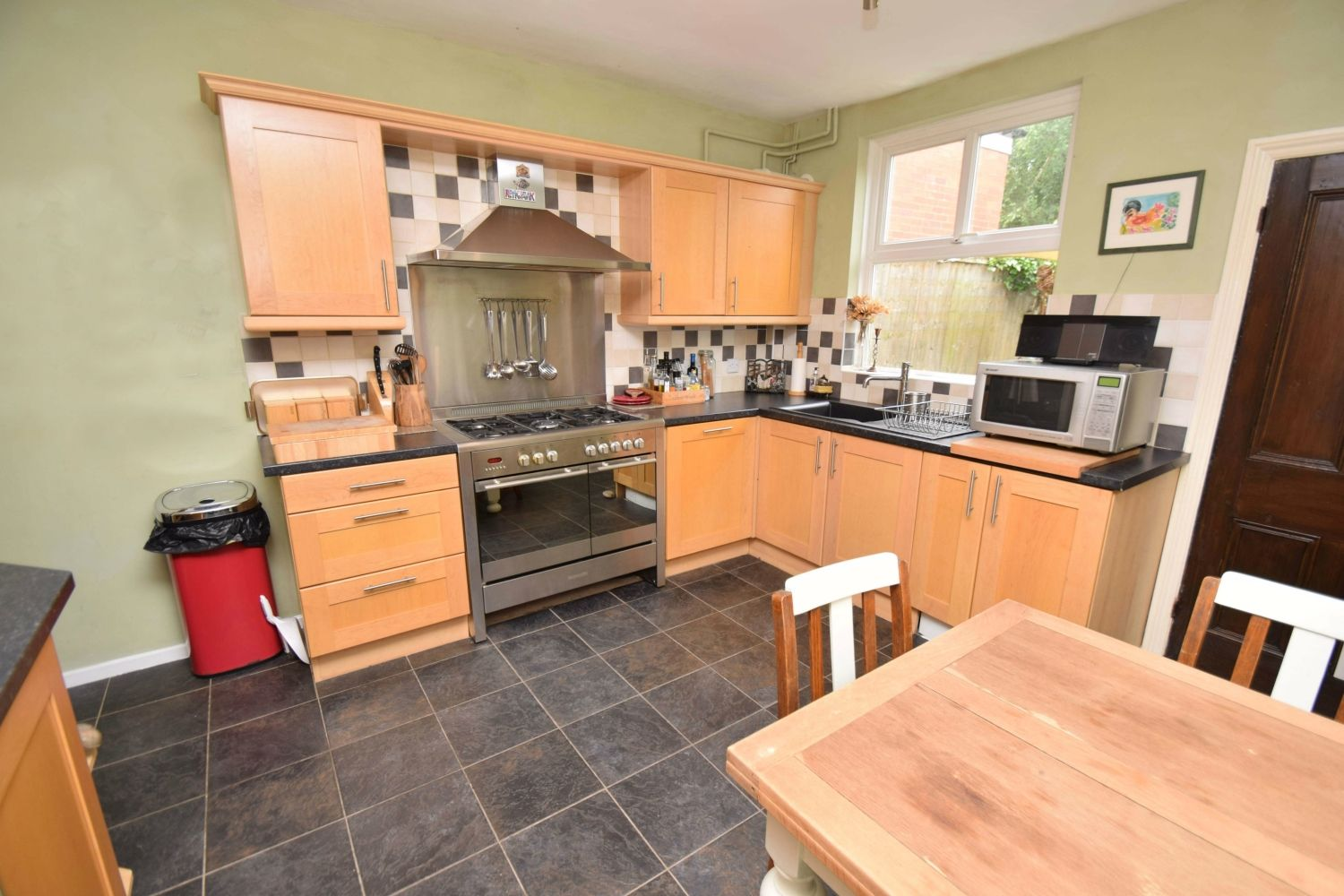 2 bed terraced for sale in Hall Street, Oldswinford  - Property Image 6