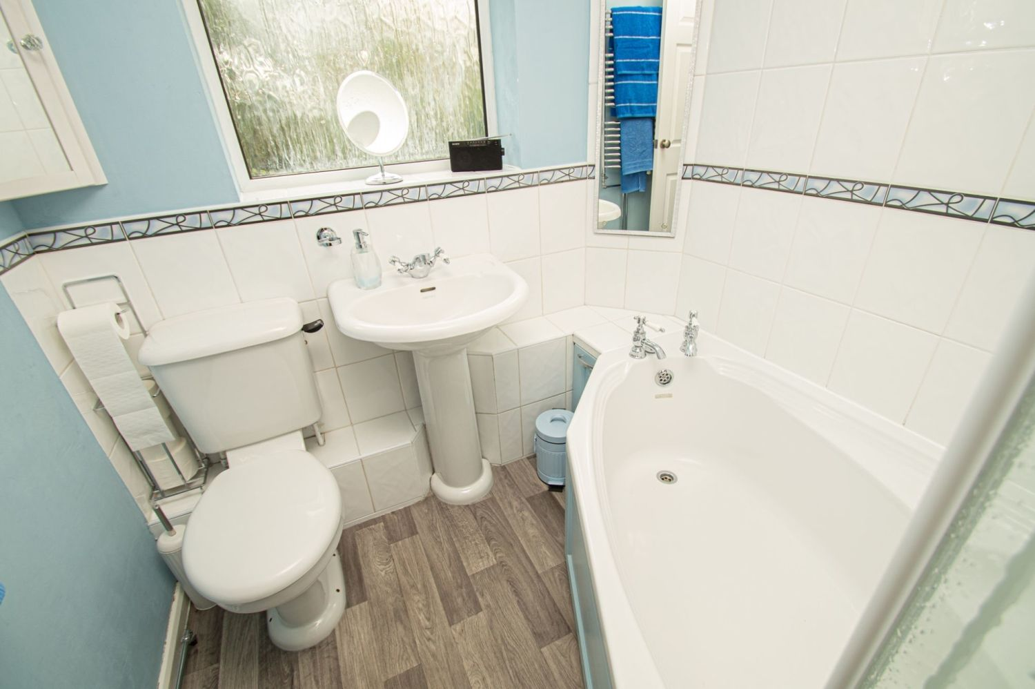2 bed semi-detached for sale in Brayford Avenue, Brierley Hill  - Property Image 11