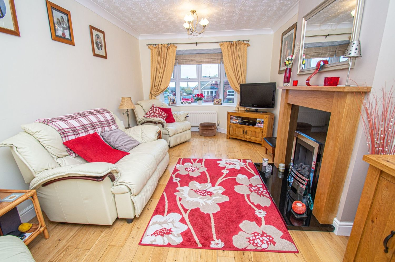 2 bed bungalow for sale in Fernwood Close, Wirehill 2