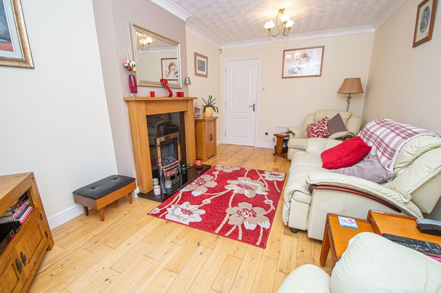 2 bed bungalow for sale in Fernwood Close, Wirehill 3