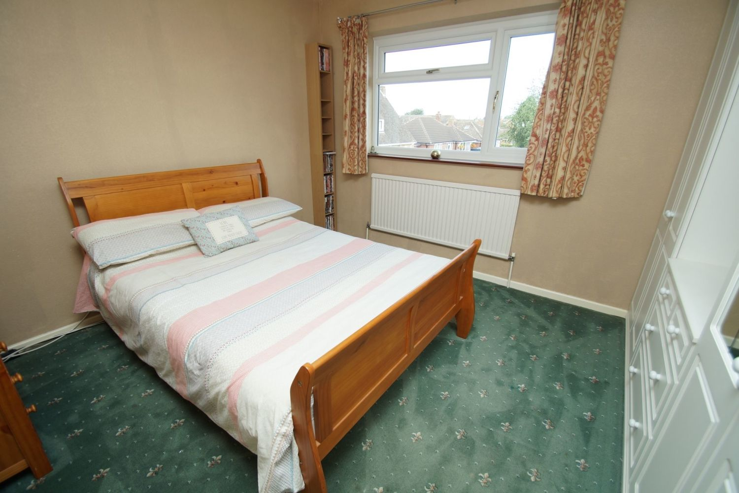 4 bed detached for sale in St. Richards Close, Wychbold 10