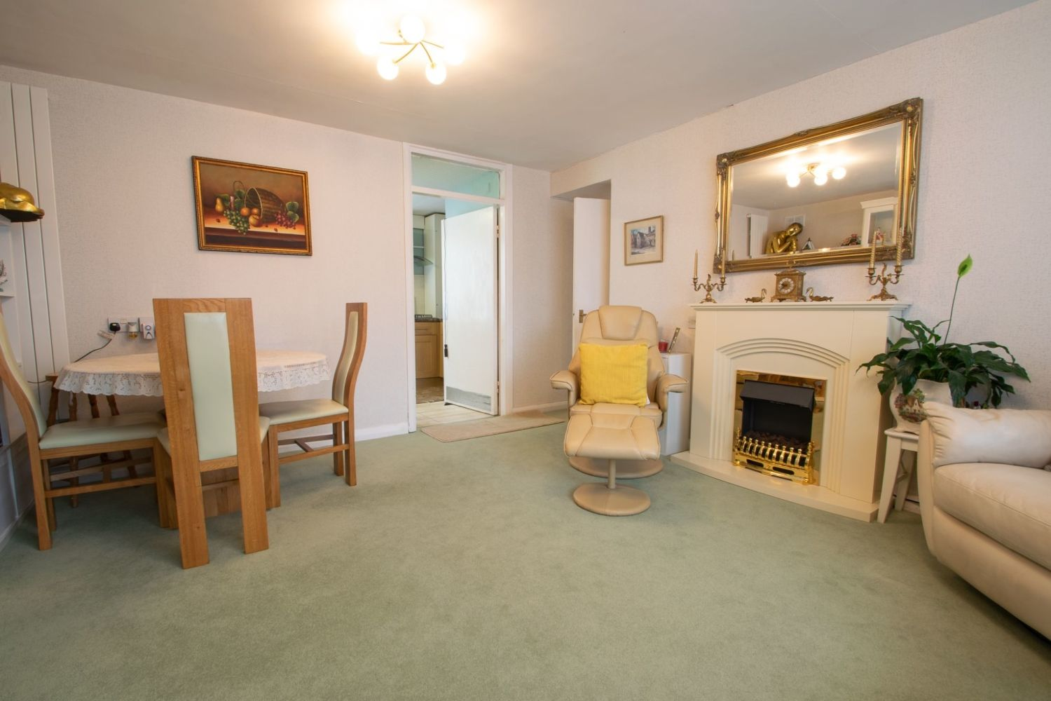 2 bed flat for sale in Enville Street, Stourbridge Central  - Property Image 3