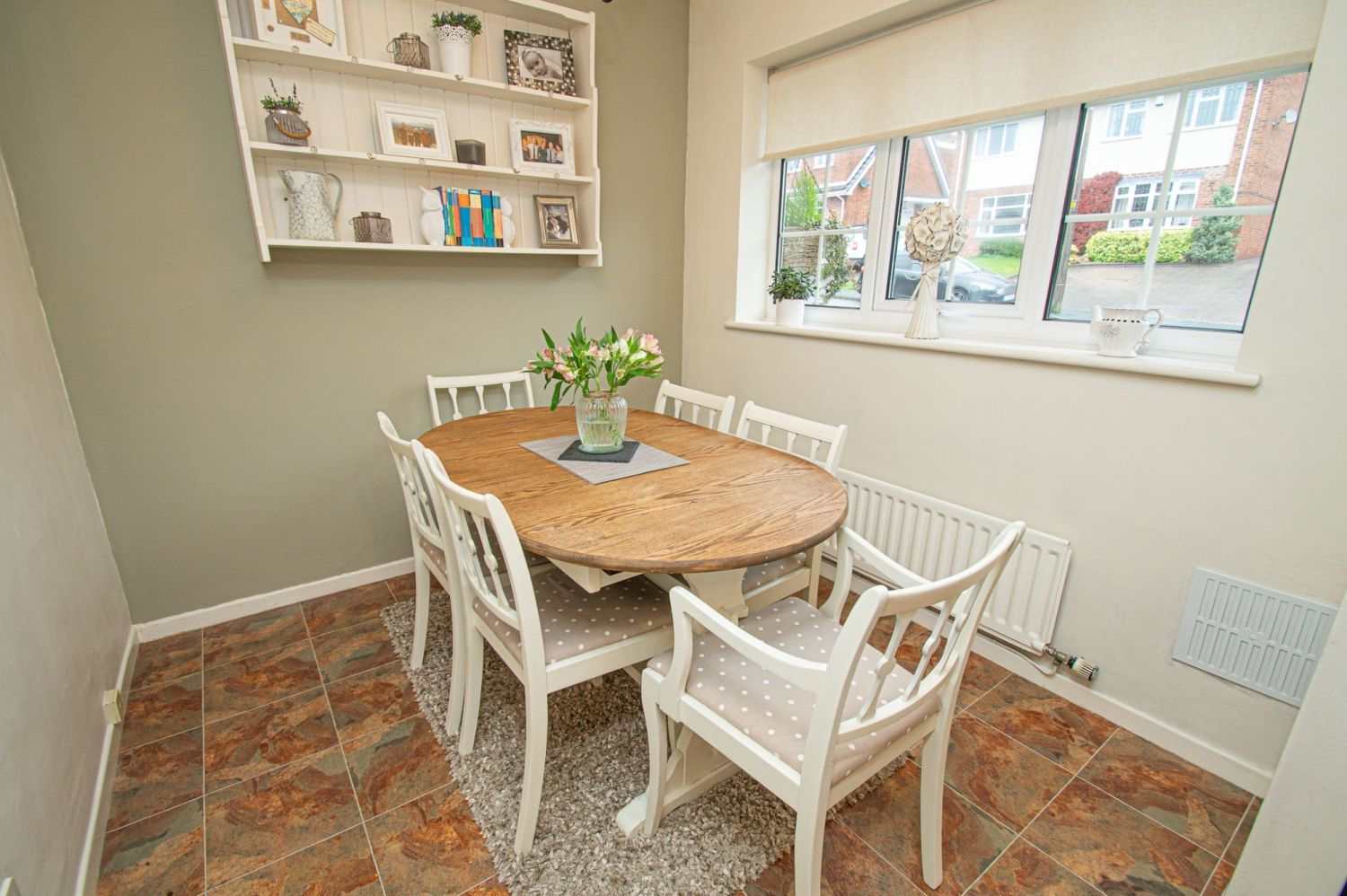 2 bed semi-detached for sale in Woburn Drive, Halesowen  - Property Image 6