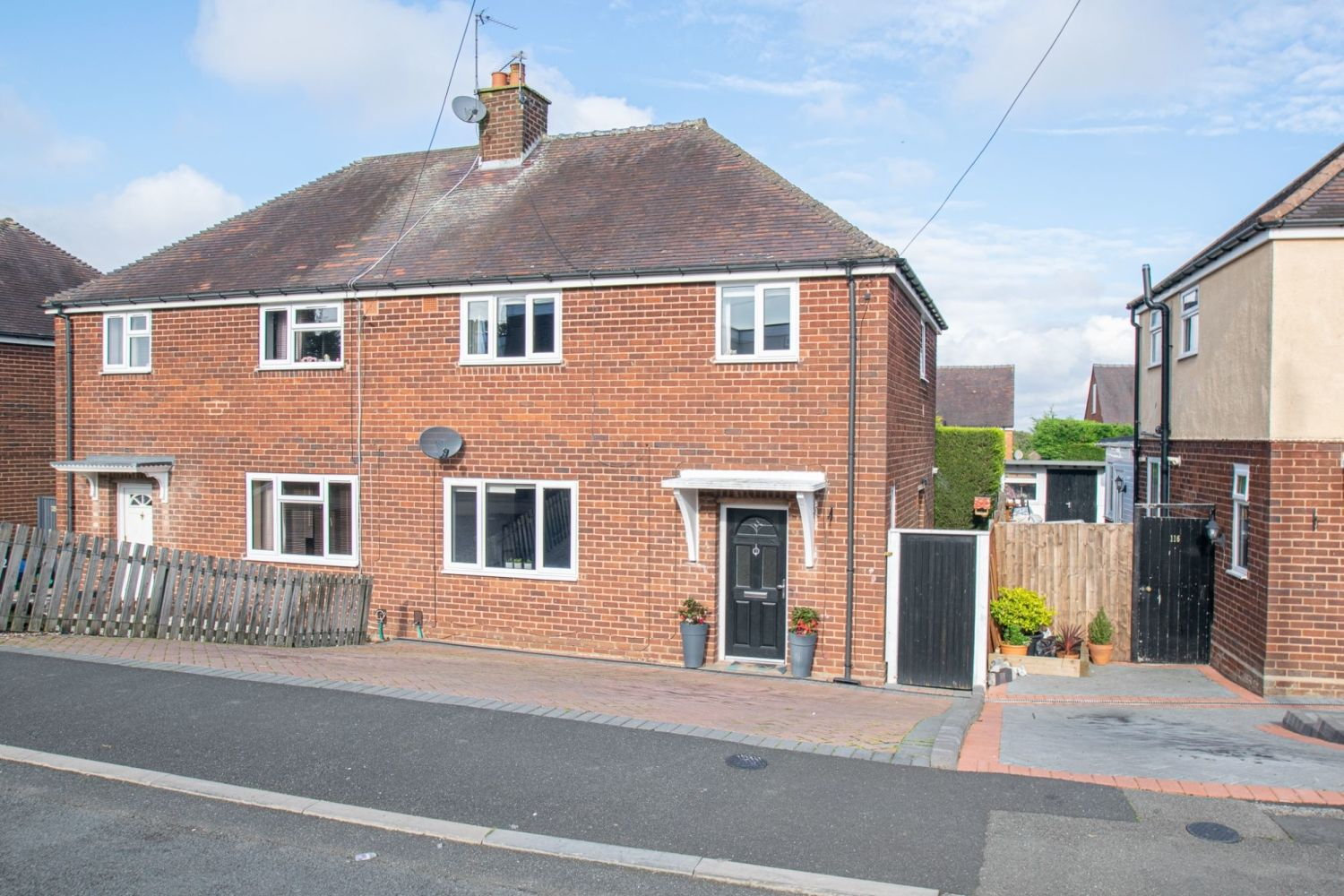 3 bed semi-detached for sale in Dobbins Oak Road, Wollescote  - Property Image 1