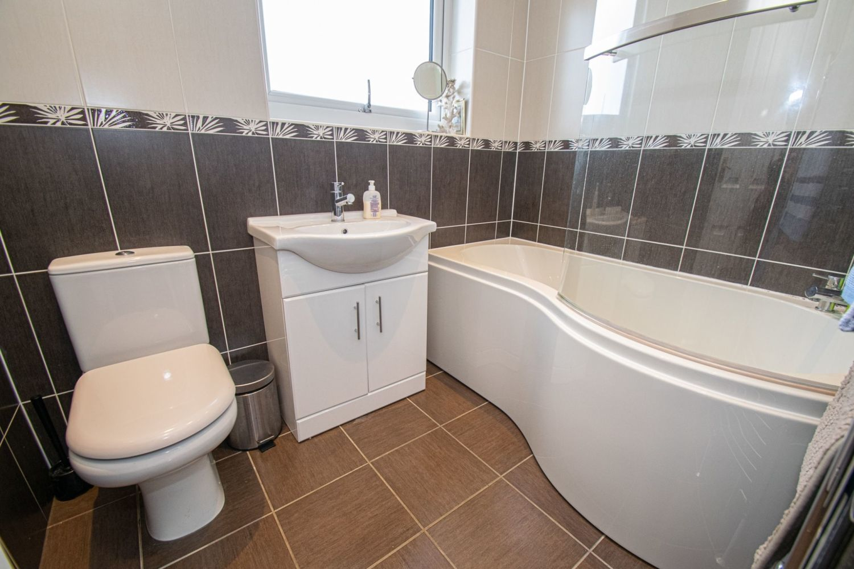 3 bed semi-detached for sale in Dobbins Oak Road, Wollescote 11