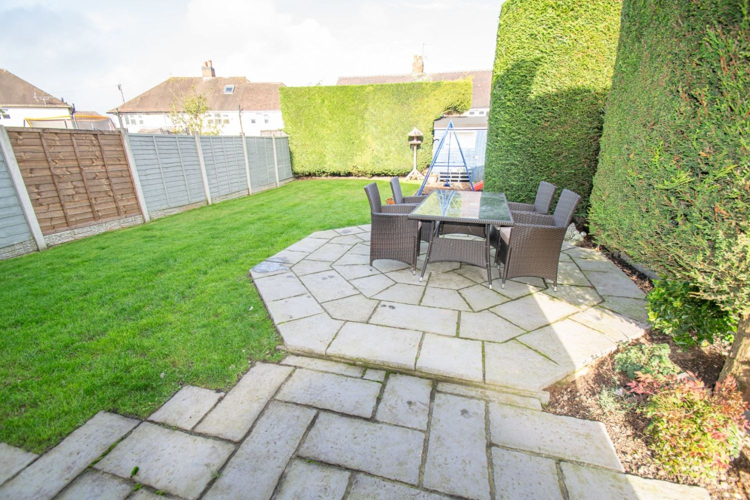 3 bed semi-detached for sale in Dobbins Oak Road, Wollescote  - Property Image 12
