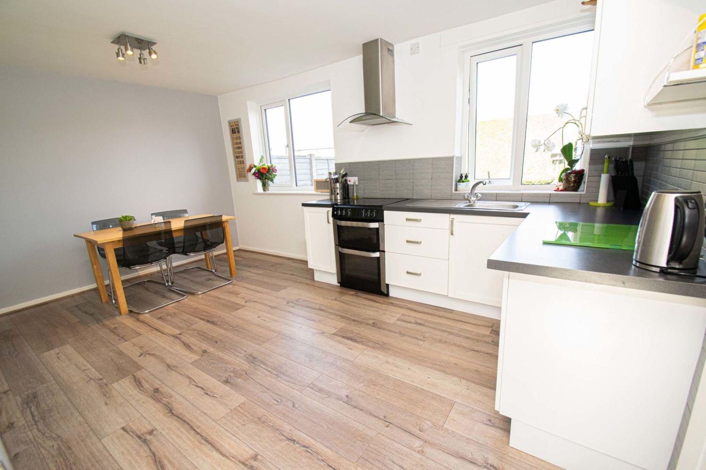 3 bed semi-detached for sale in Dobbins Oak Road, Wollescote 3