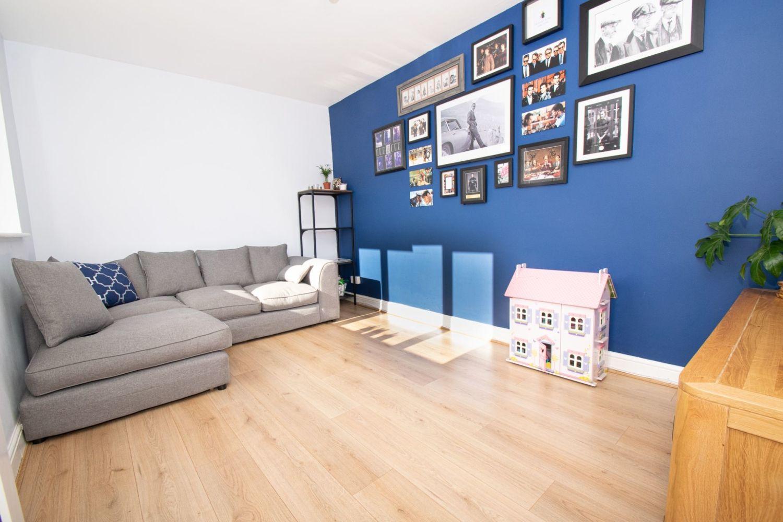 3 bed semi-detached for sale in Dobbins Oak Road, Wollescote 6