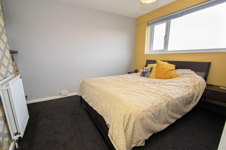 3 bed semi-detached for sale in Dobbins Oak Road, Wollescote 7