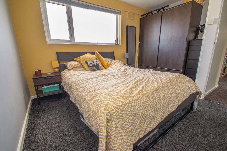 3 bed semi-detached for sale in Dobbins Oak Road, Wollescote 8