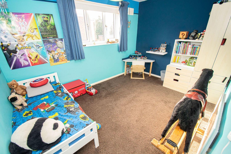 3 bed semi-detached for sale in Dobbins Oak Road, Wollescote 9