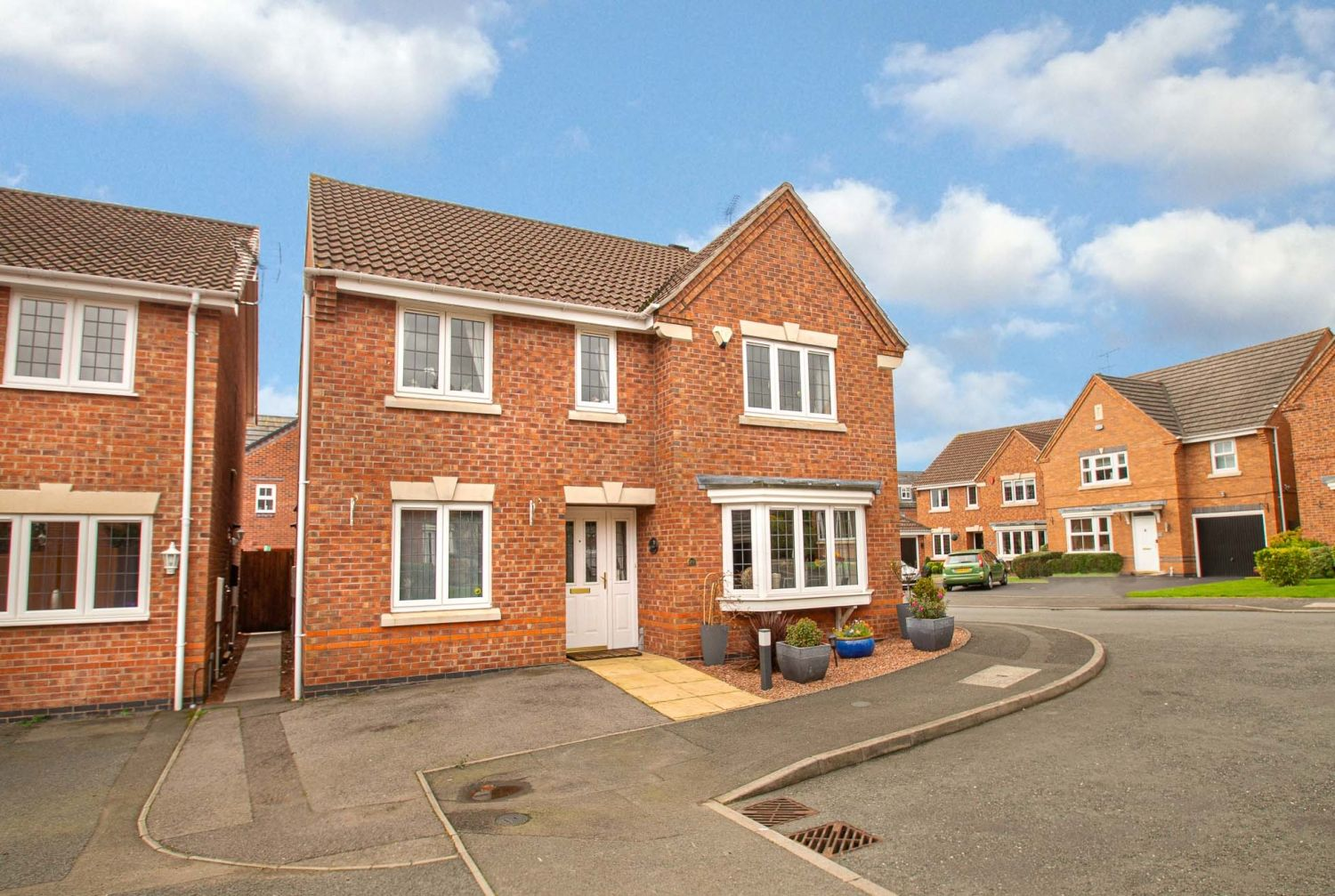 4 bed detached for sale in Harris Close, Greenlands 1