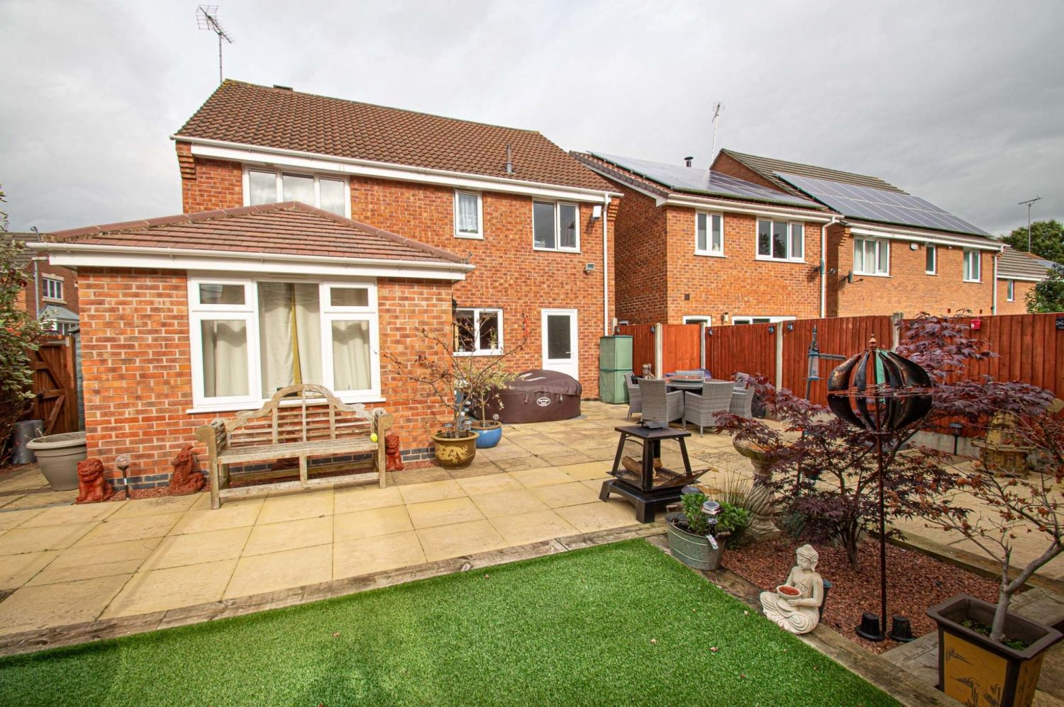 4 bed detached for sale in Harris Close, Greenlands 13