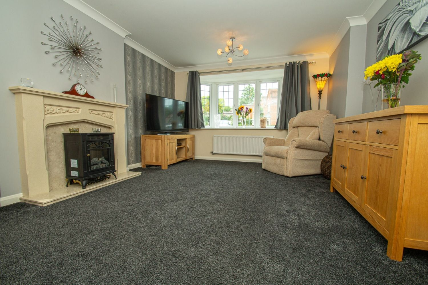 4 bed detached for sale in Harris Close, Greenlands 2