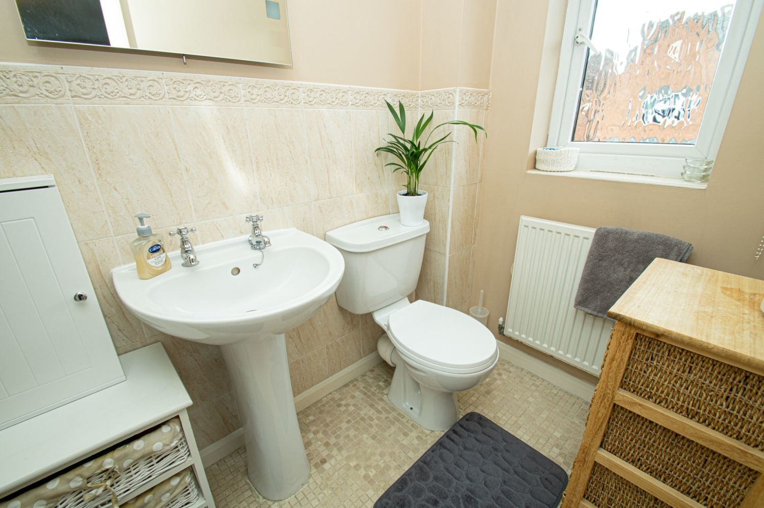 4 bed detached for sale in Harris Close, Greenlands 9