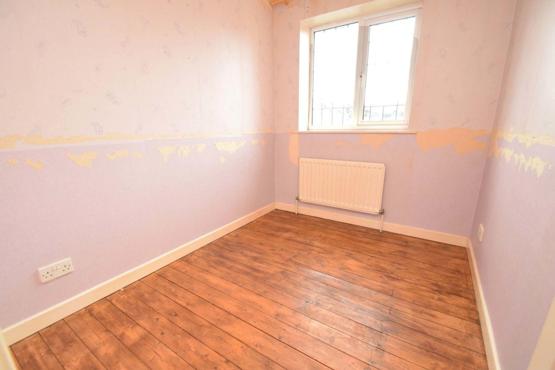 3 bed detached for sale in Avon Close, Stoke Heath, Bromsgrove, B60 10
