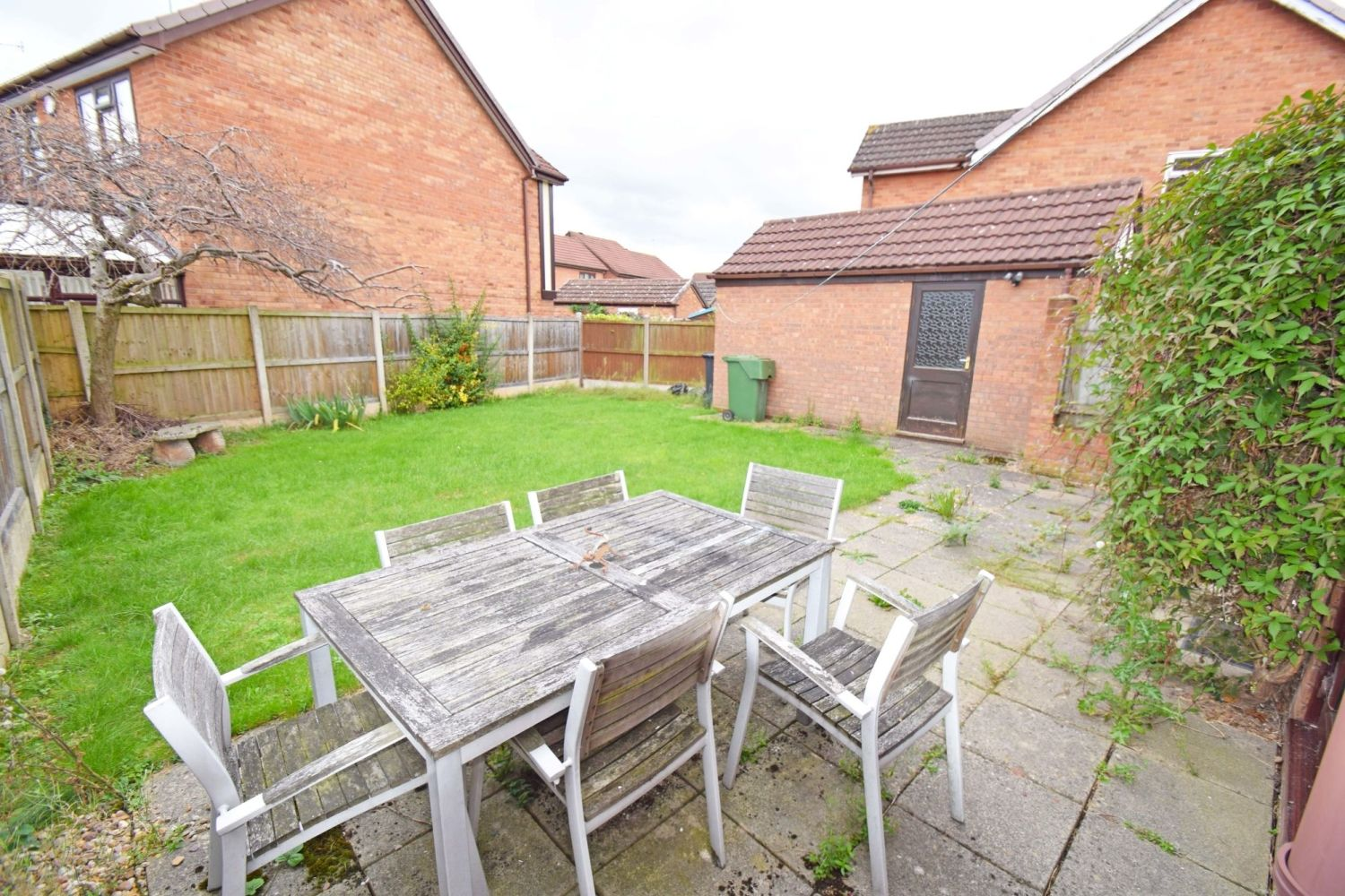 3 bed detached for sale in Avon Close, Stoke Heath, Bromsgrove, B60  - Property Image 12
