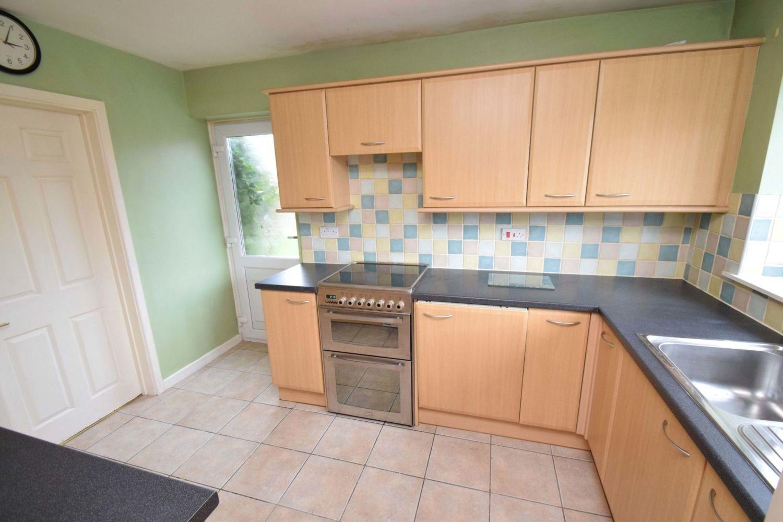 3 bed detached for sale in Avon Close, Stoke Heath, Bromsgrove, B60 5