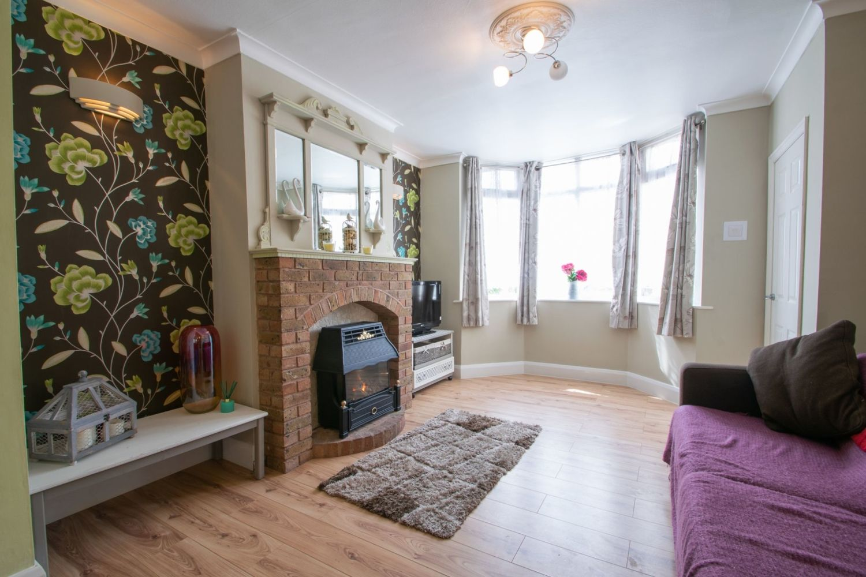 3 bed semi-detached for sale in Butchers Lane, Halesowen  - Property Image 4