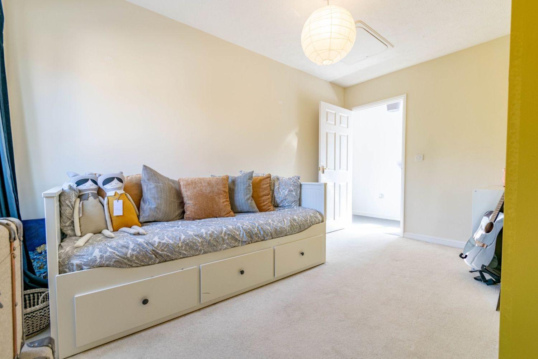 2 bed maisonette for sale in Railway Walk, Aston Fields, Bromsgrove  - Property Image 10