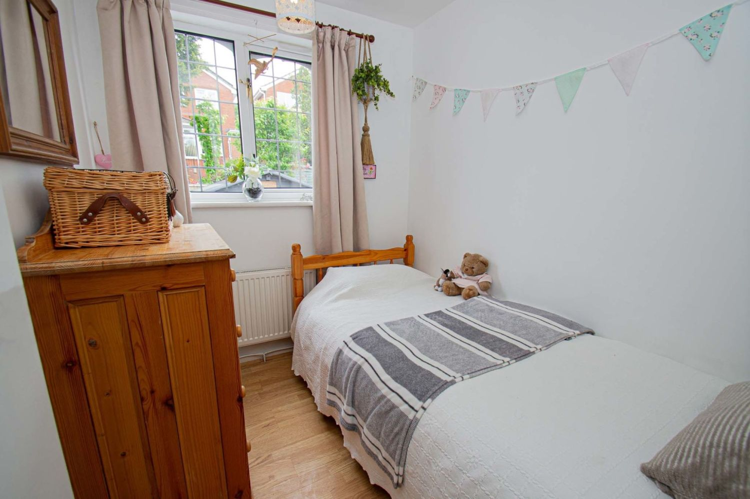 3 bed link-detached-house for sale in Nottingham Way, Brierley Hill  - Property Image 10