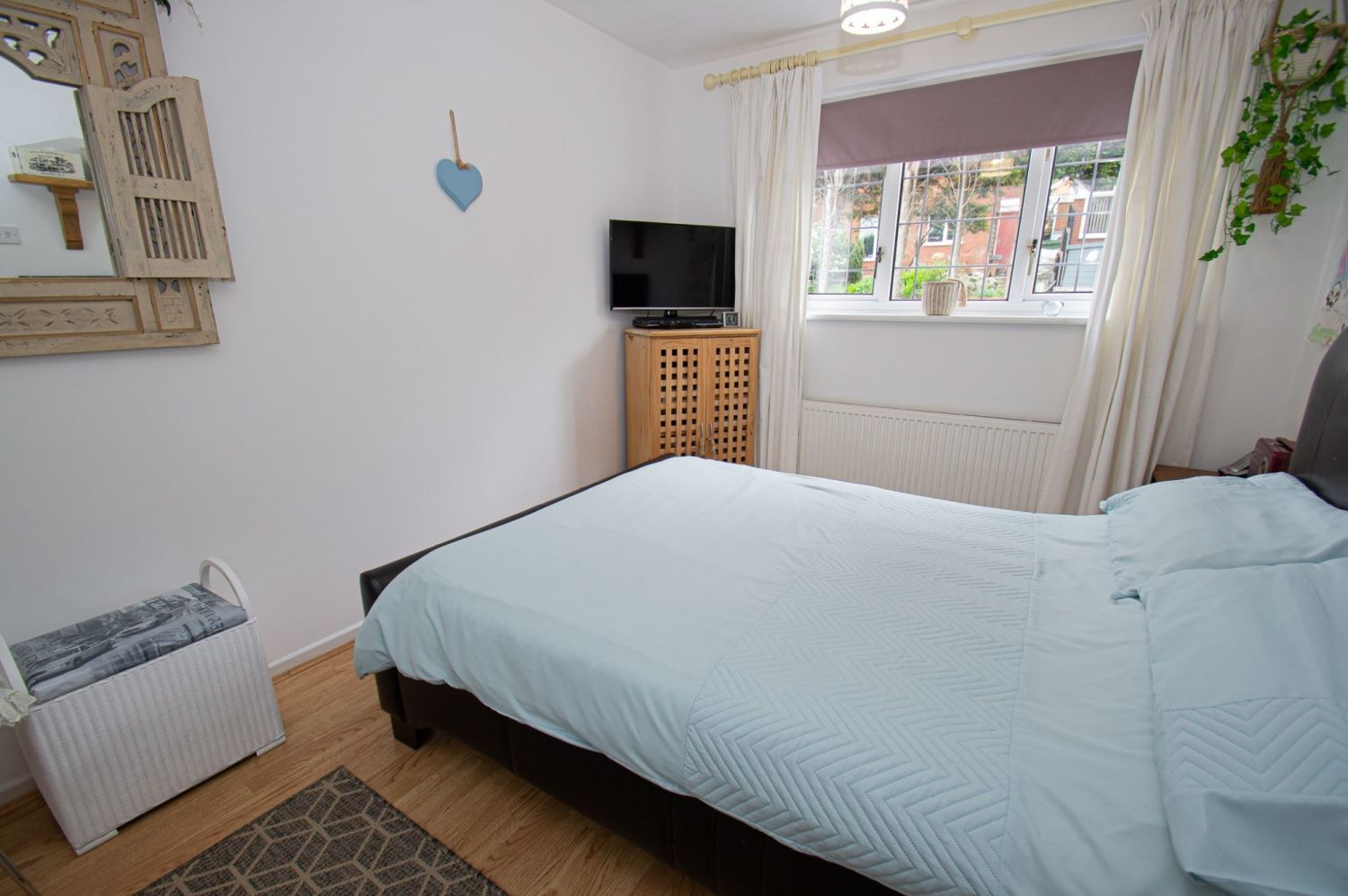 3 bed link-detached-house for sale in Nottingham Way, Brierley Hill 8