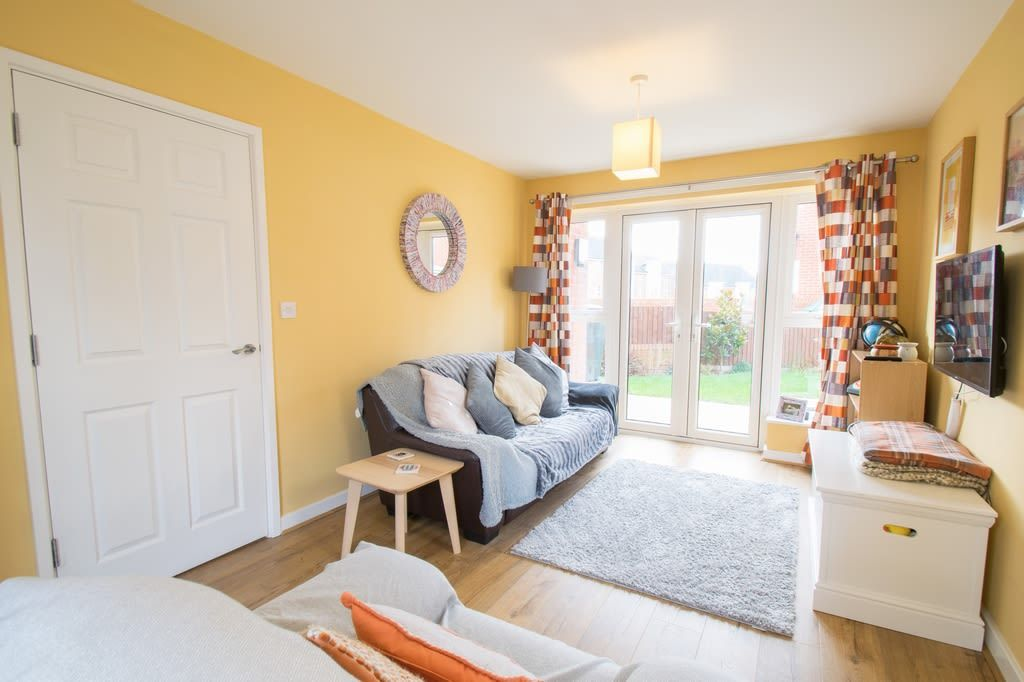 2 bed semi-detached for sale in Blakeney Drive, Bromsgrove 3