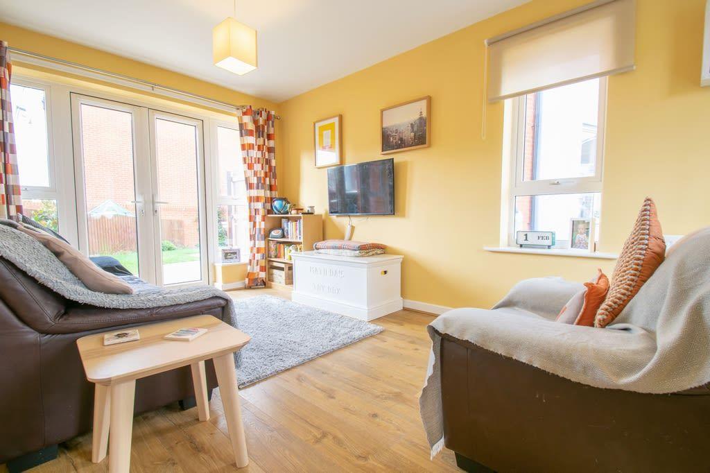 2 bed semi-detached for sale in Blakeney Drive, Bromsgrove 4