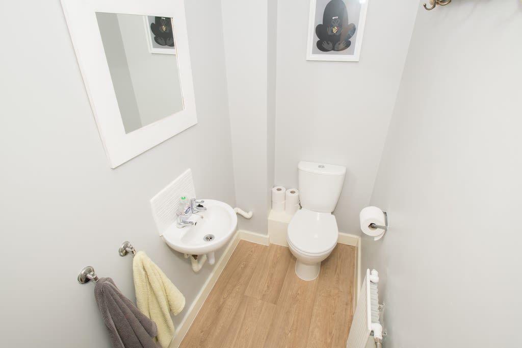 2 bed semi-detached for sale in Blakeney Drive, Bromsgrove 7