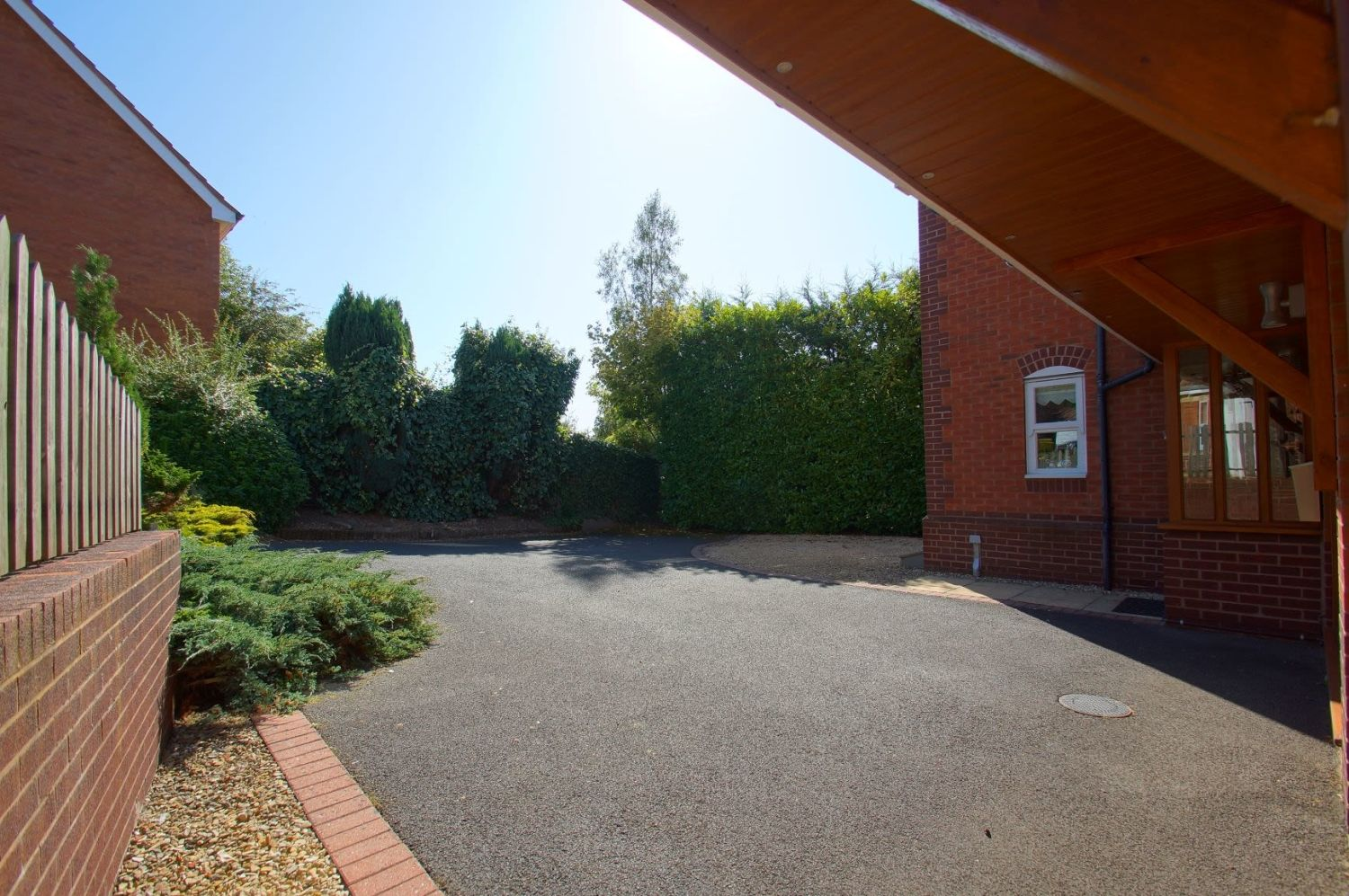 4 bed detached for sale in Acre Lane, Webheath  - Property Image 3